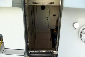65' Marquis Flybridge 2006 CREW/ENGINE ROOM ENTRY