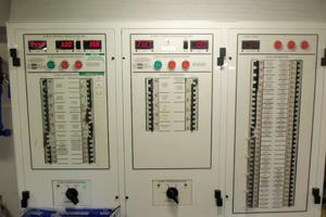 65' Marquis Flybridge 2006 MAIN ENGINE ROOM PANEL