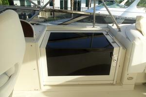 65' Marquis Flybridge 2006 SALON FLYBRIDGE STAIRS