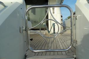 65' Marquis Flybridge 2006 HINGED BOARDING GATE