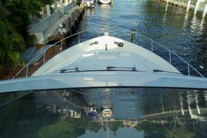65' Marquis Flybridge 2006 VIEW FORWARD