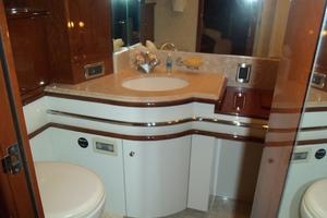 65' Marquis Flybridge 2006 HER HEAD