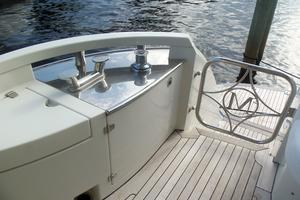 65' Marquis Flybridge 2006 PORT & STARBOARD WARPING WINDLASS