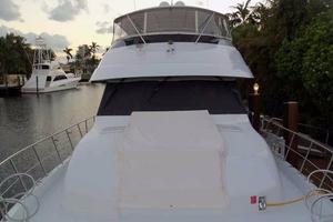 75' Hatteras Motoryacht 2002 FOREDECK