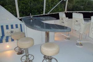 75' Hatteras Motoryacht 2002 FLYBRIDGE BAR