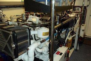 75' Hatteras Motoryacht 2002 STARBOARD ENGINE