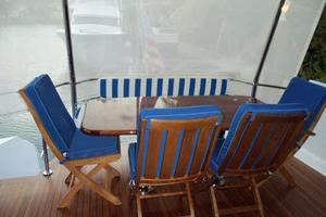 75' Hatteras Motoryacht 2002 AFT DECK TABLE