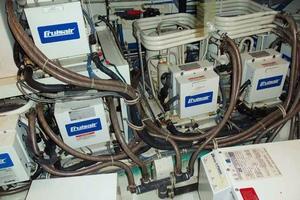 75' Hatteras Motoryacht 2002 GENERATOR ROOM AC UNITS
