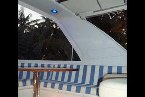 75' Hatteras Motoryacht 2002 BLUE ARCH AND HT LIGHTS