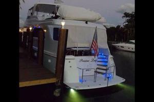 75' Hatteras Motoryacht 2002 UNDERWATER LIGHTS