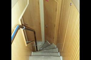 75' Hatteras Motoryacht 2002 FORWARD ACCOMMODATION STAIRS