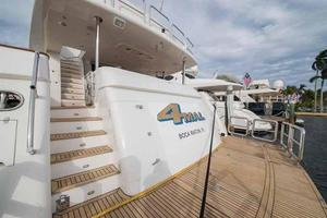 87' Johnson Flybridge w/Euro Transom 2005 Swim Platform