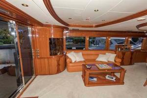 87' Johnson Flybridge w/Euro Transom 2005 Salon to Port