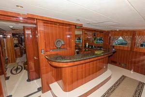 87' Johnson Flybridge w/Euro Transom 2005 Galley Bar