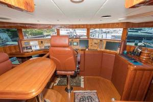 87' Johnson Flybridge w/Euro Transom 2005 Pilothouse