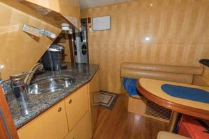 87' Johnson Flybridge w/Euro Transom 2005 Crew Mess