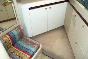 76' Lazzara Grand Salon/Skylounge 1998 Captain's Cabin