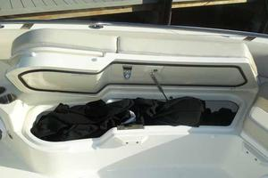 42' Boston Whaler Outrage 42 2016 BOW COVER STORAGE