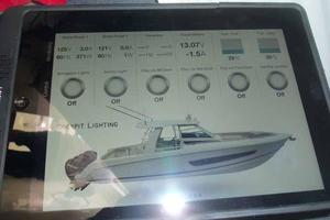 42' Boston Whaler Outrage 42 2016 iPAD APP