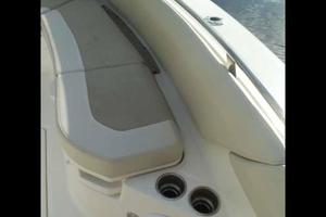 42' Boston Whaler Outrage 42 2016 BOW SEATING