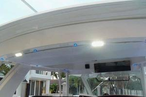 42' Boston Whaler Outrage 42 2016 LED FLOODLIGHT