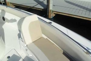 42' Boston Whaler Outrage 42 2016 FLIP UP BACKREST