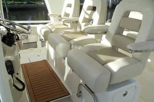 42' Boston Whaler Outrage 42 2016 HELM PLATFORM FOLDED DOWN