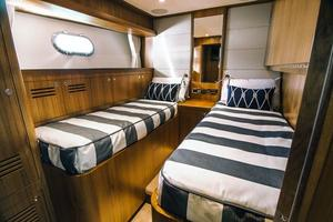 83' Johnson Skylounge W/hydraulic Platform 2020 Port Side Midship Cabin