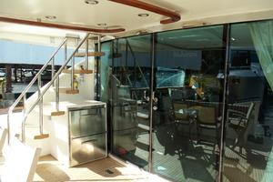 74' Fairline Squadron 2007 AFT DECK