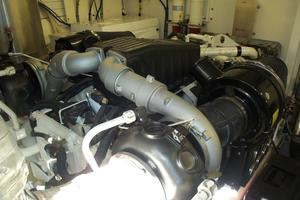 74' Fairline Squadron 2007 PORT ENGINE