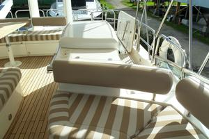 74' Fairline Squadron 2007 FLYBRIDGE LOOKING AFT