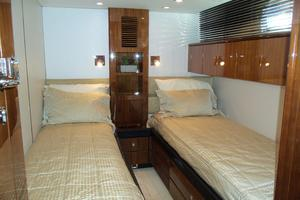 74' Fairline Squadron 2007 PORT GUEST LOOKING AFT