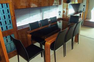 74' Fairline Squadron 2007 DINING AREA LOOKING AFT
