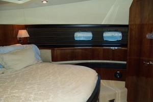 74' Fairline Squadron 2007 VIP TO STARBOARD