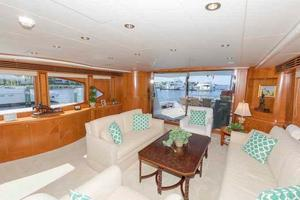 96' Hargrave Capri Skylounge 2004 Salon Looking Aft to Starboard