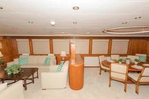 96' Hargrave Capri Skylounge 2004 Salon/Dining Looking to Port