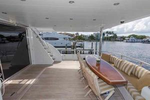 96' Hargrave Capri Skylounge 2004 Aft Deck Looking to Starboard
