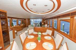 96' Hargrave Capri Skylounge 2004 Dining Area Looking Aft