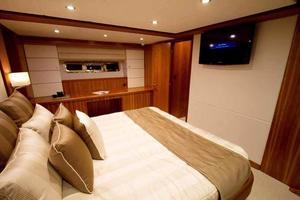 70' Johnson Skylounge Motor Yacht 2019 Master