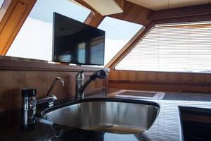70' Marlow 70 Explorer Command Bridge 2008 Galley TV