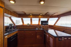70' Marlow 70 Explorer Command Bridge 2008 Galley