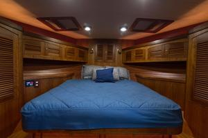 70' Marlow 70 Explorer Command Bridge 2008 VIP Berth