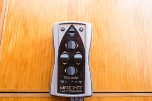 70' Marlow 70 Explorer Command Bridge 2008 Yacht Controller