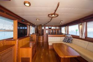 70' Marlow 70 Explorer Command Bridge 2008 Salon Looking Forward