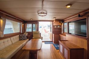 70' Marlow 70 Explorer Command Bridge 2008 Salon Looking Aft
