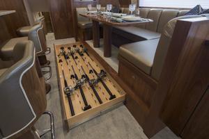 Viking 80 Convertible - Rod Storage