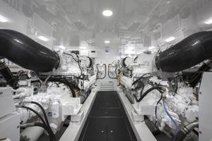 Viking 80 Convertible - Engines