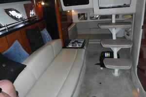 31' Sea Ray 310 Sundancer 2006