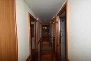 47' Bayliner 4788 2002