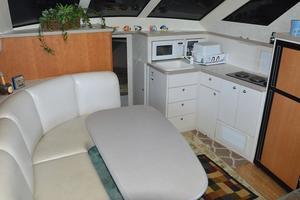 37' Silverton 372 Motoryacht 1997